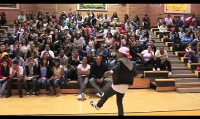 La'Fonz performing at King Drew High
